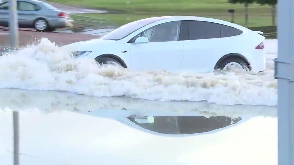 flood-tesla